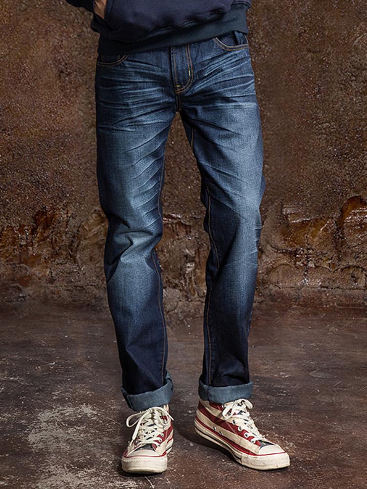 男士马丁靴配什么裤子